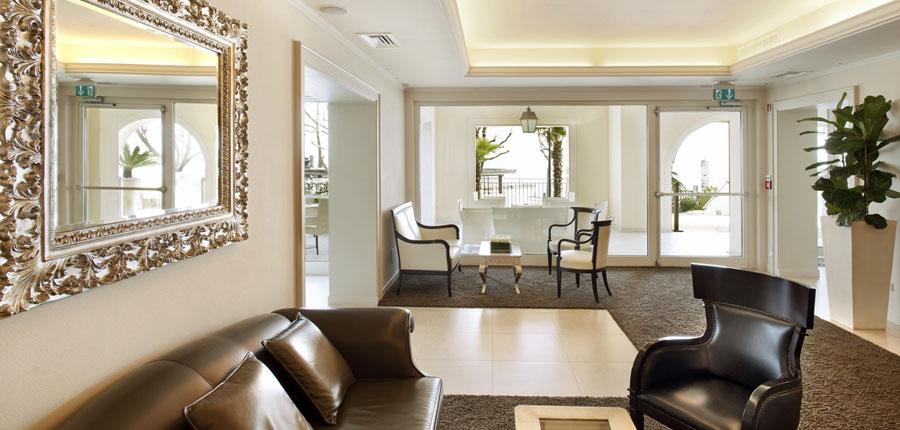 Villa Rosa Hotel, Desenzano, Lake Garda, Italy - Reception.jpg